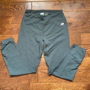Roots crop leggings